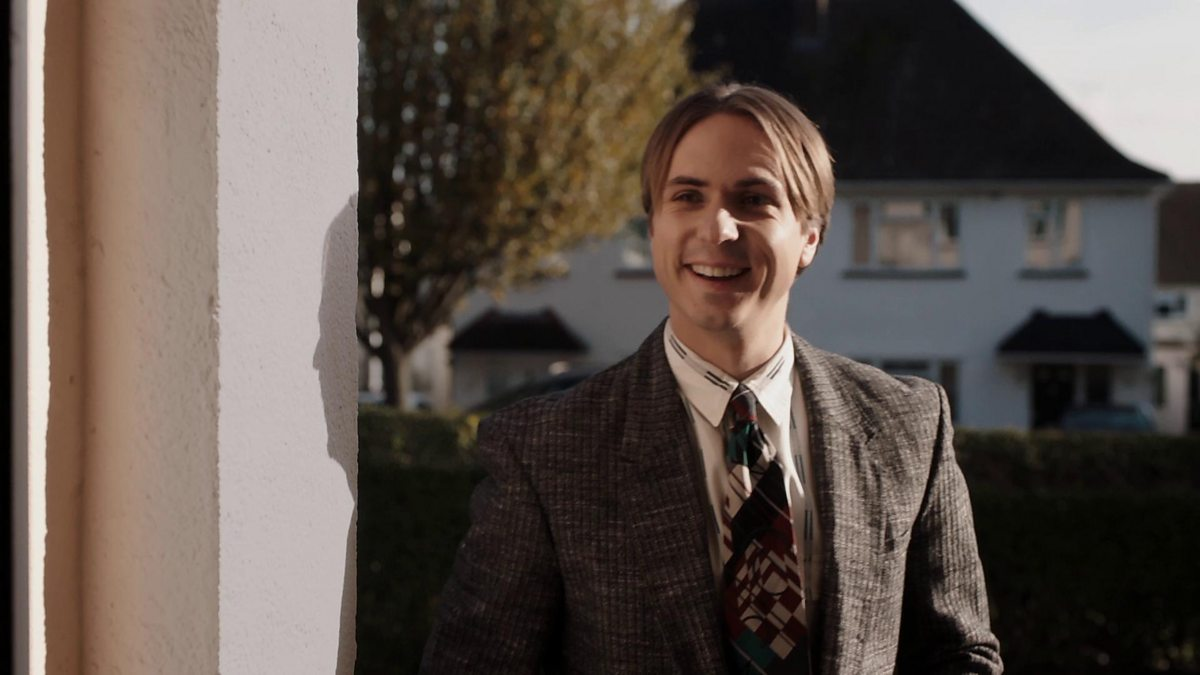 Bbc two white gold series 1 salesmen are like vampires for Double glazing salesman
