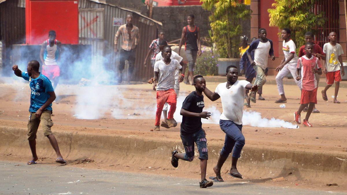 Political violence erupts in Guinea