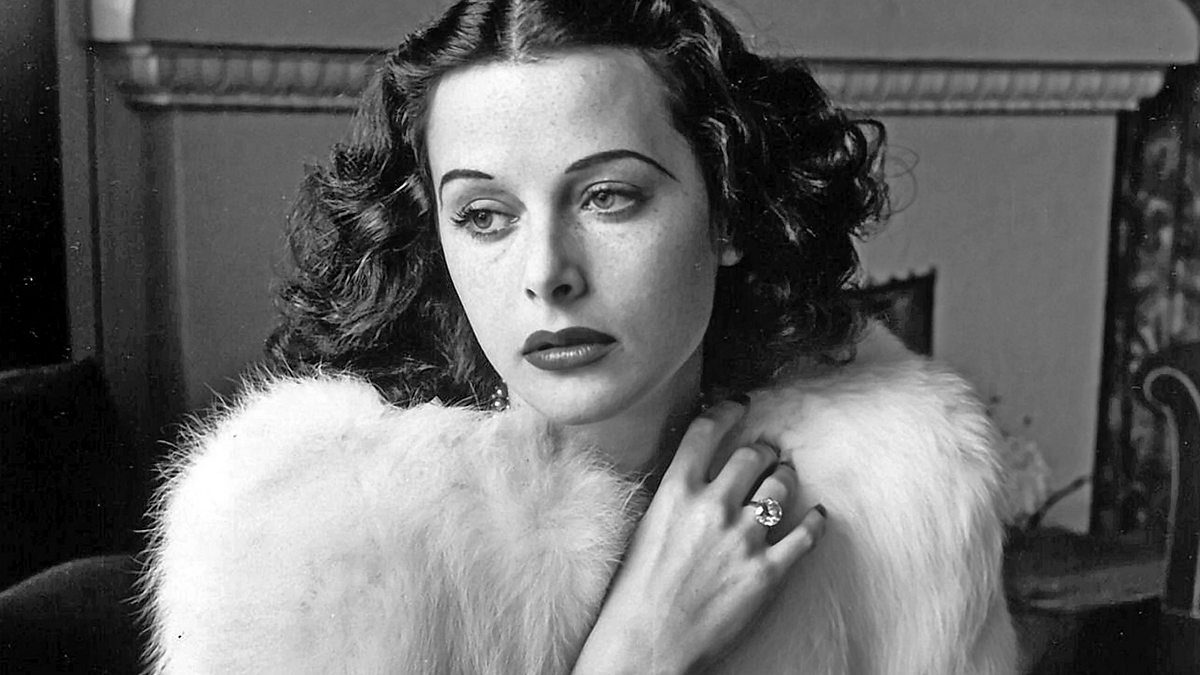 Hollywood's Brightest Bombshell: The Hedy Lamarr Story - Episode 16-10-2019