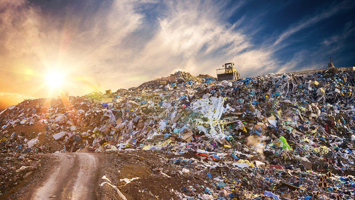Руководство МПБО-2 не смогло найти компанию для перевозки 40 тысяч тонн опасного мусора