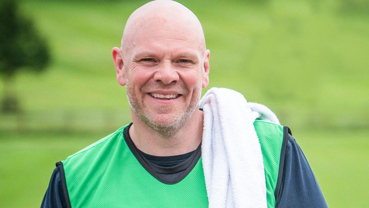 Bucătarul celebru Tom Kerridge își transformă din nou corpul într-o nouă emisiune TV pentru slăbit;