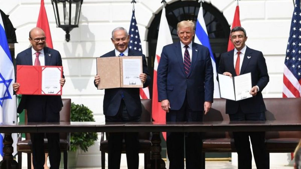 Trump hails 'dawn of new Middle East' with UAE-Bahrain-Israel deals thumbnail