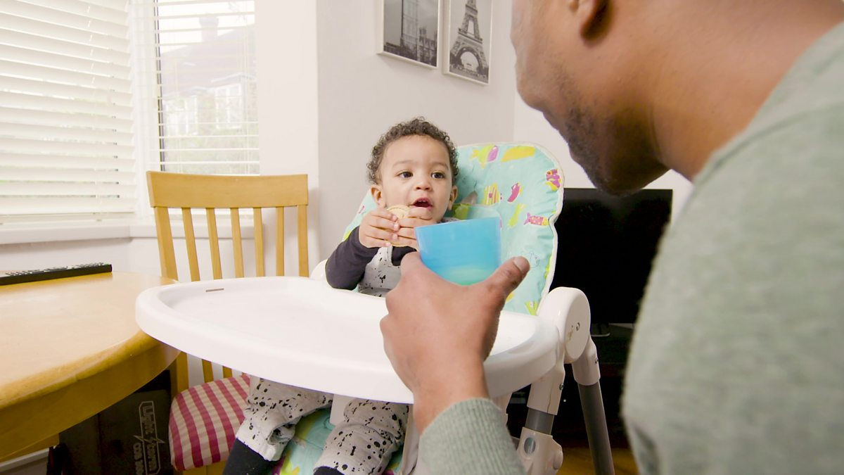 When do babies start to talk? - BBC Tiny Happy People