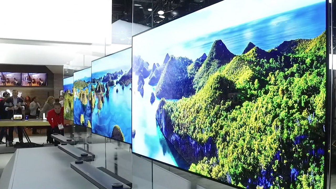 CES 2017: LG's super-thin TV lies flat against the wall