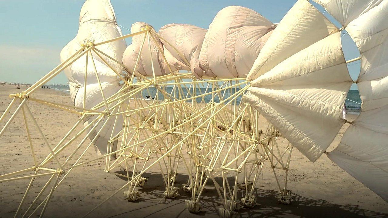 Theo Jansen creates wind-powered 'strandbeests' that can walk