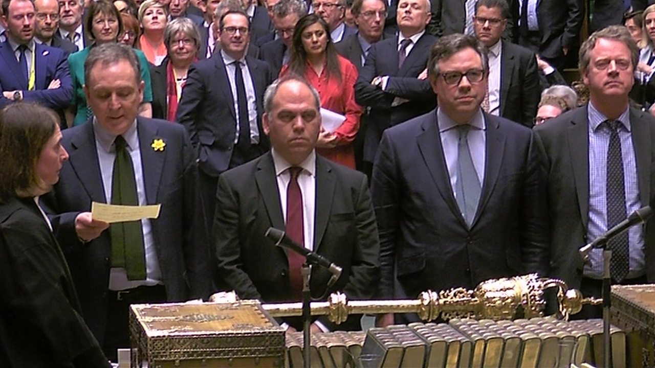 Brexit: MPs reject any no-deal option in two votes