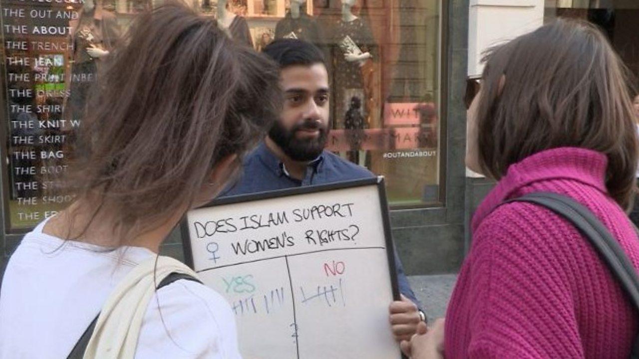 British Muslim imams discuss Islam in London