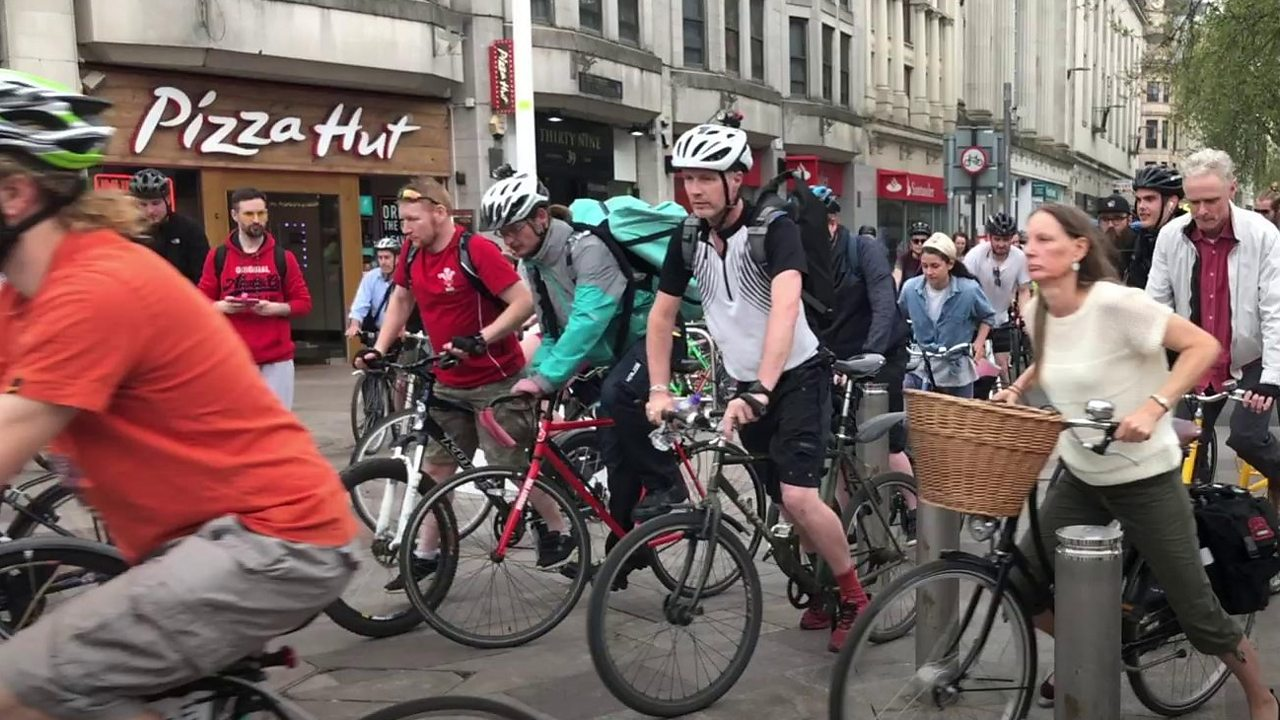 Extinction Rebellion: Cardiff protest clogged roads