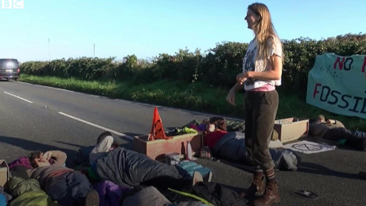 Climate protesters block Pembroke Dock Valero oil refinery entrance