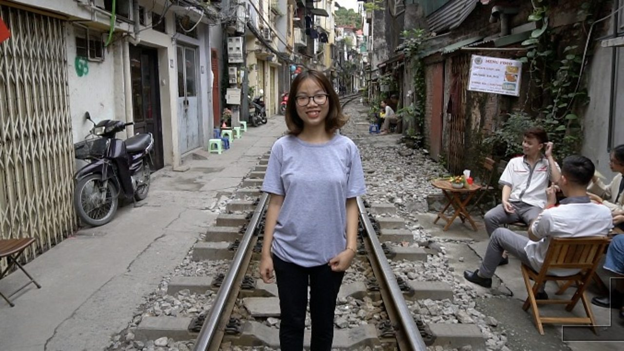 Hanoi Train Street: 'I think my home is very special'
