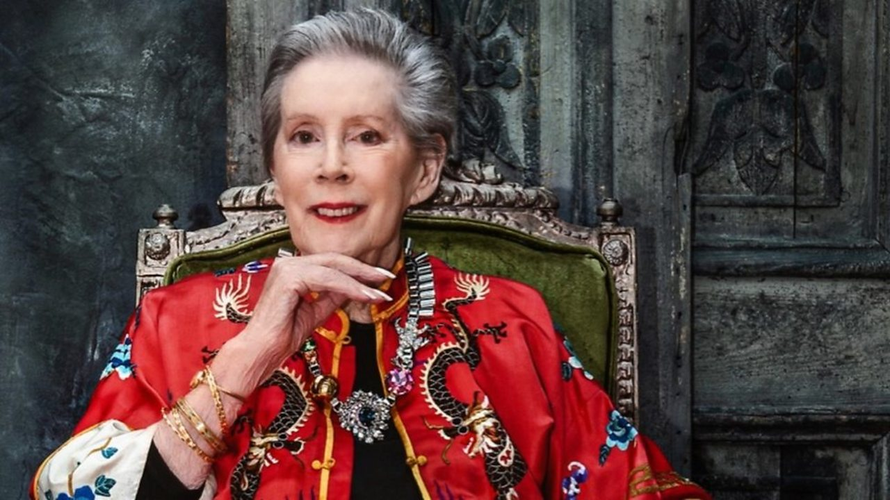Ex-Vogue model: Lesley, 85, poses for a fashion shoot again