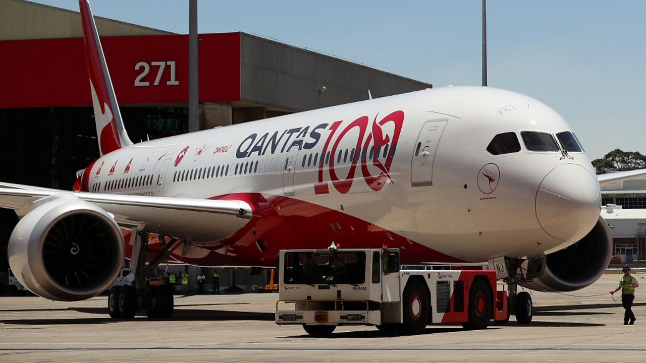 Ultra-long haul flight non-stop from London to Sydney