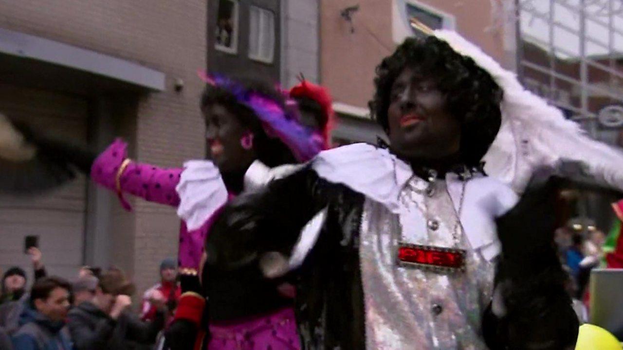 Sinterklaas: Dutch protests over Black Pete festival-goers