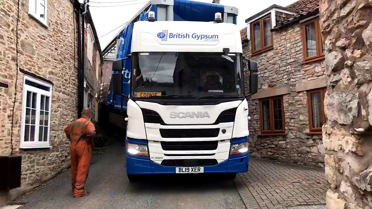 Lorry gets stuck in narrow Somerset lane