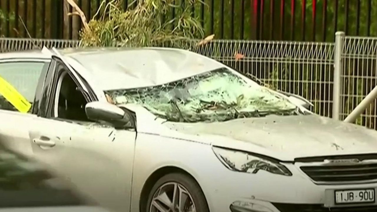 Australia storms: Huge hail causes chaos in two cities