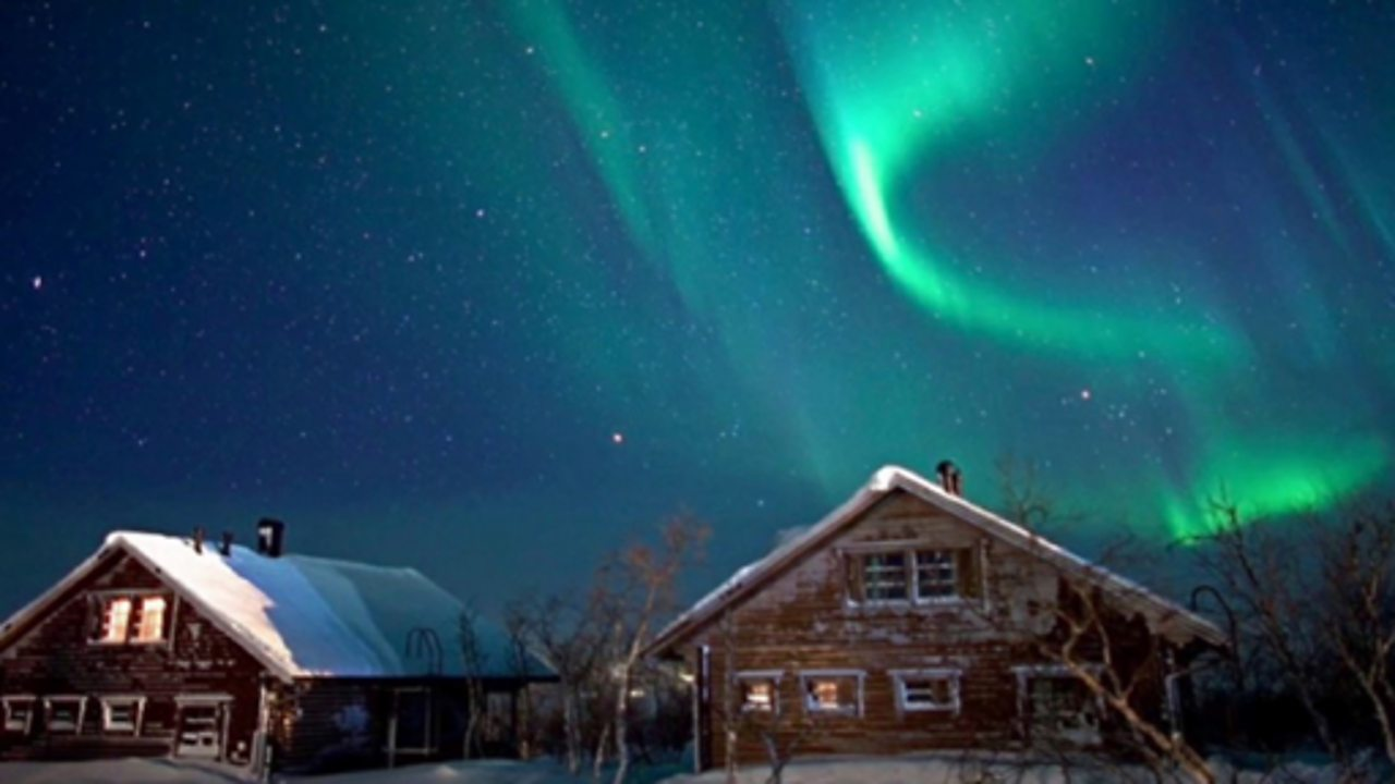 Hunting the Northern Lights in Lapland