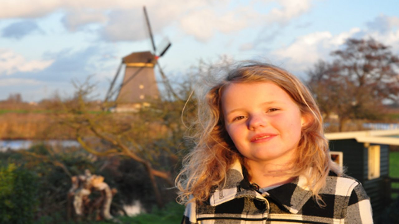 A child-led tour of Kinderdijk in the Netherlands