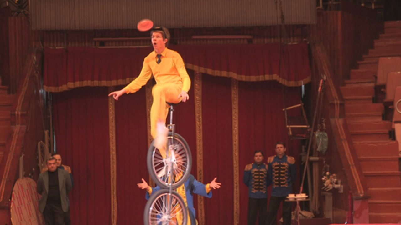Children working in Russian circuses (pt 1/3)
