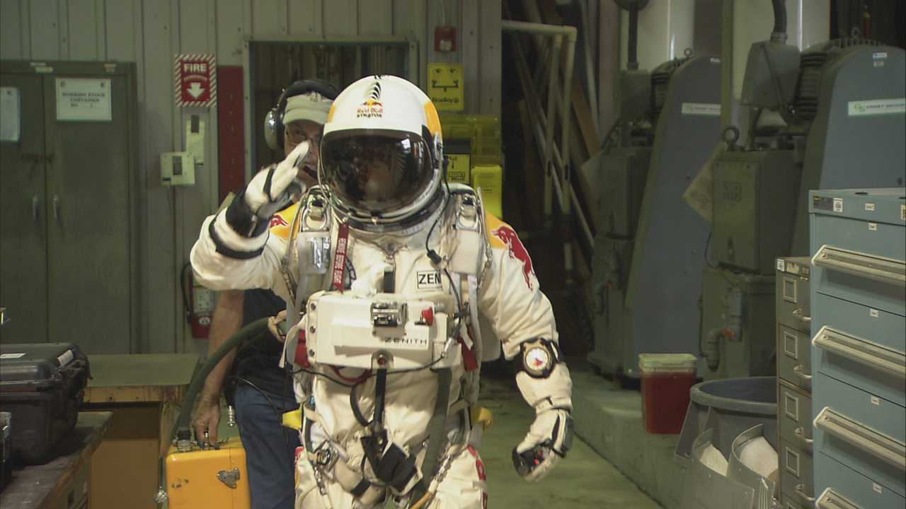 Physics KS3 / GCSE: The Science of Space Dive (pt 3/6) - The pressure suit and space capsule