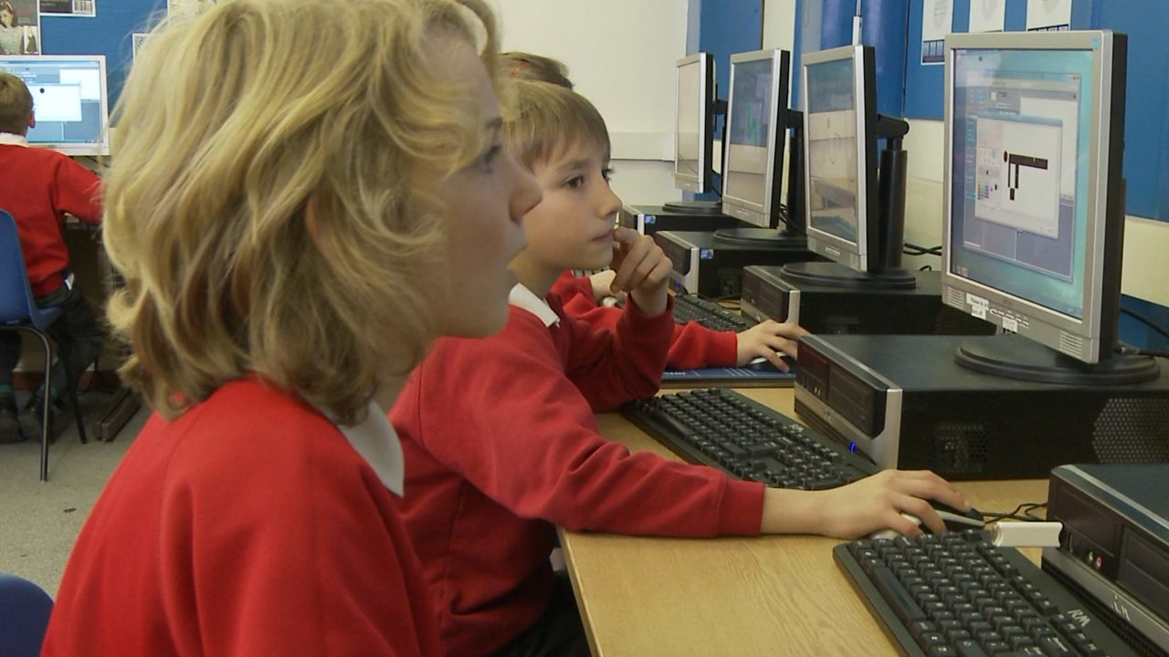 Computing KS1 / KS2: Creating a simple automated driving simulator