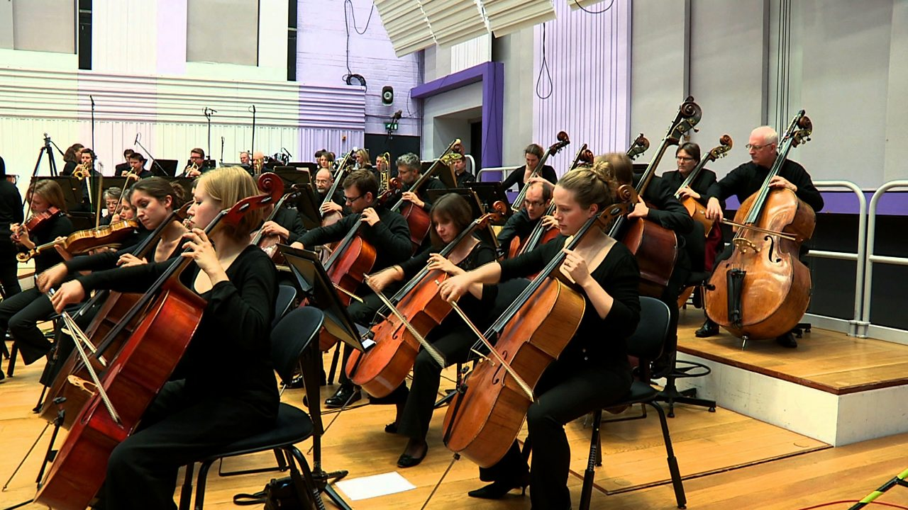 A performance of the overture from Stravinsky's 'Petrushka'