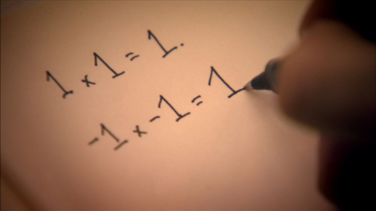 Imaginary numbers at use in the real world