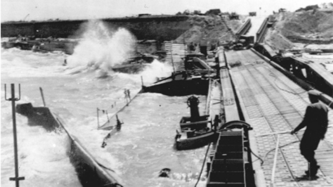 A storm destroying a military harbour.