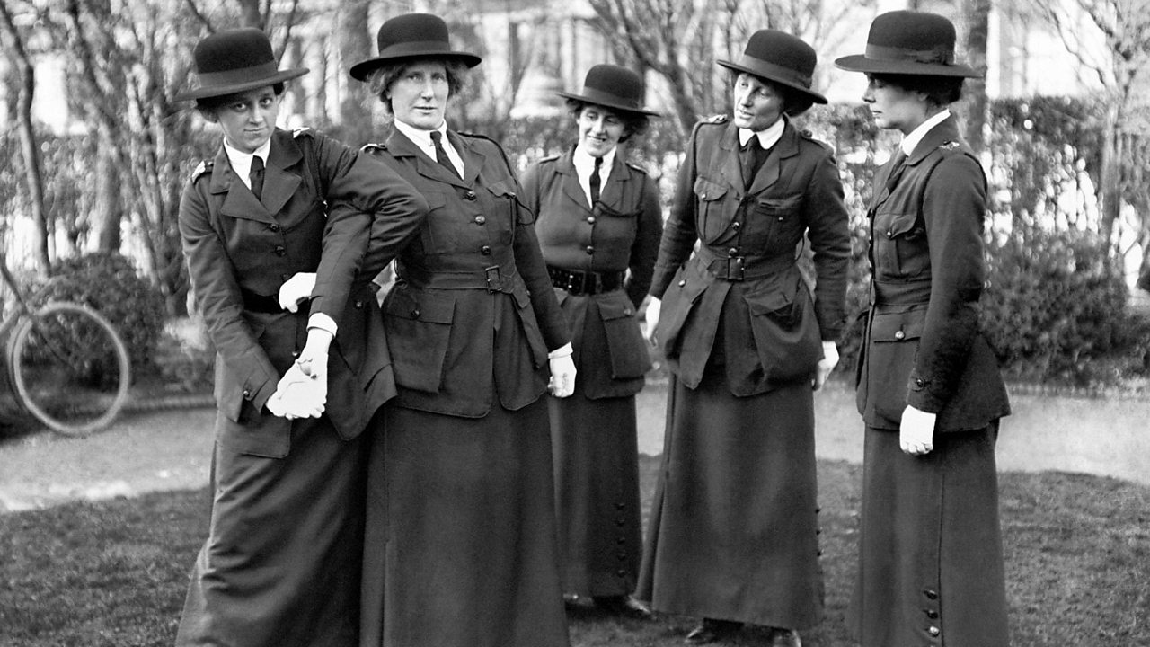 The rise of the girls' night and the first women's police force in WW1