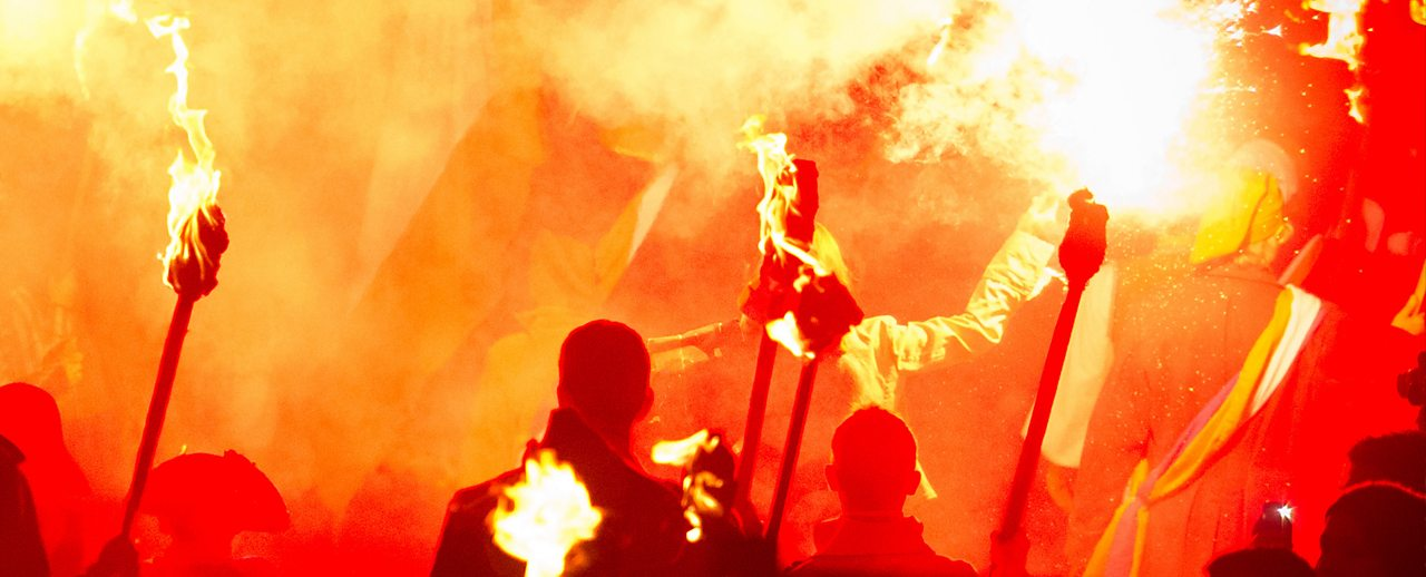 Guy Fawkes: Why do bonfires still burn 400 years on?