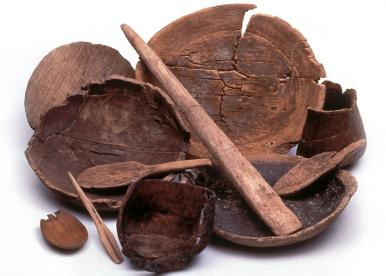 Viking wooden plates and bowls