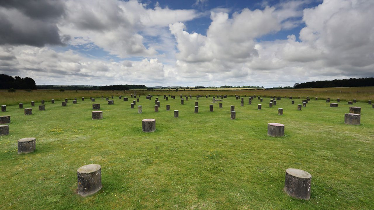 A photo of Woodhenge, a circular structure made up of 168 wooden posts.