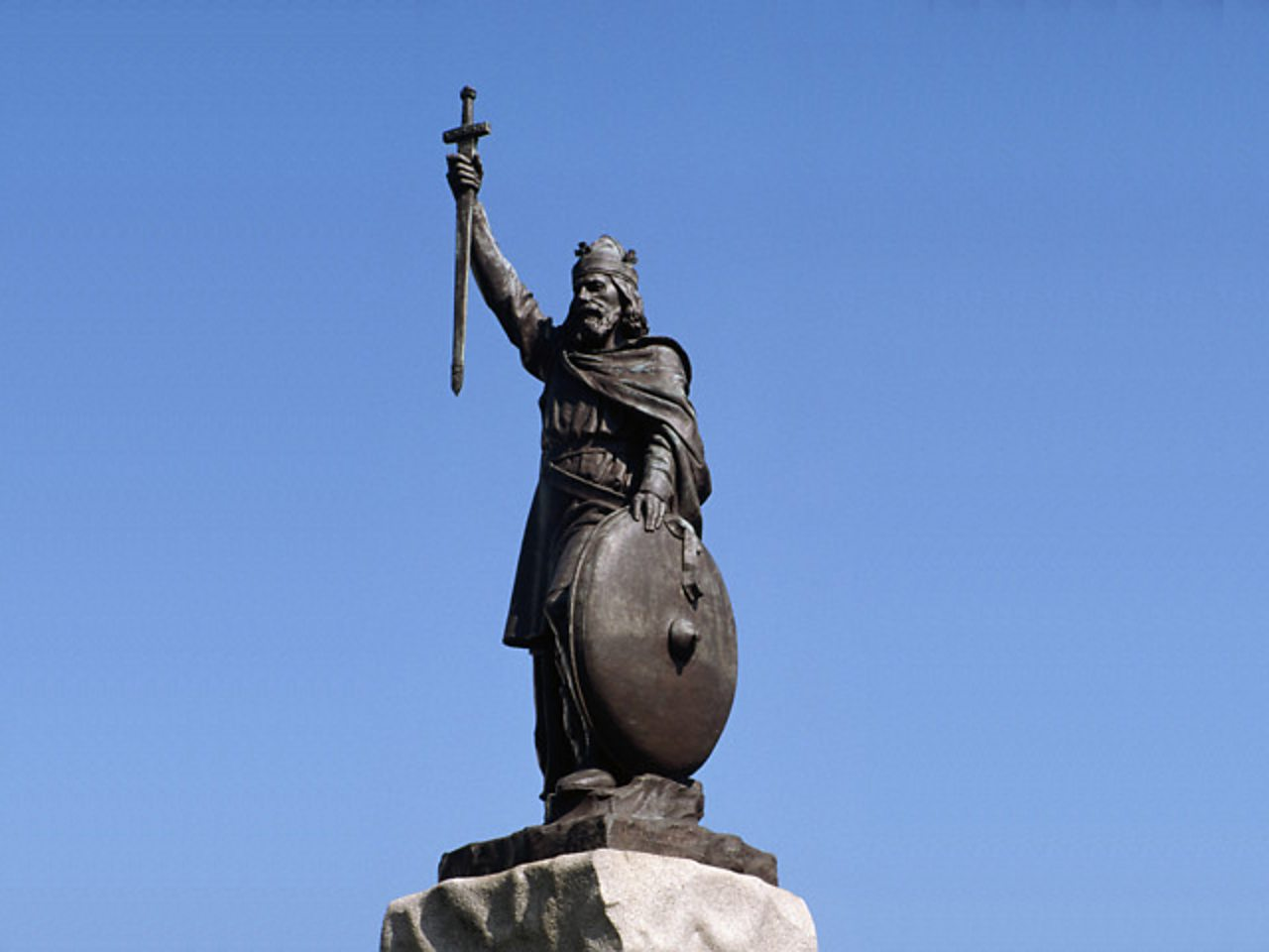 A statue of Alfred the Great