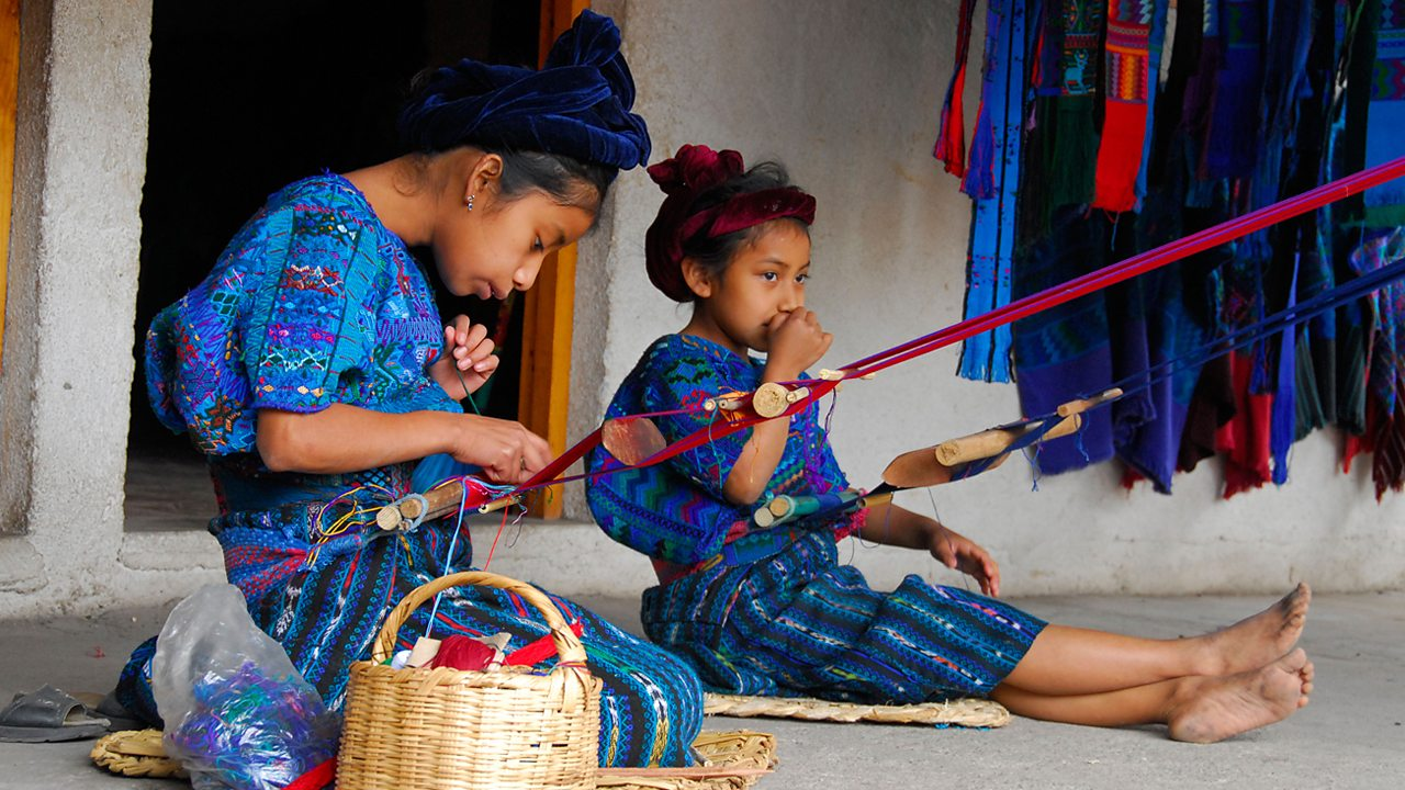 Maya children working