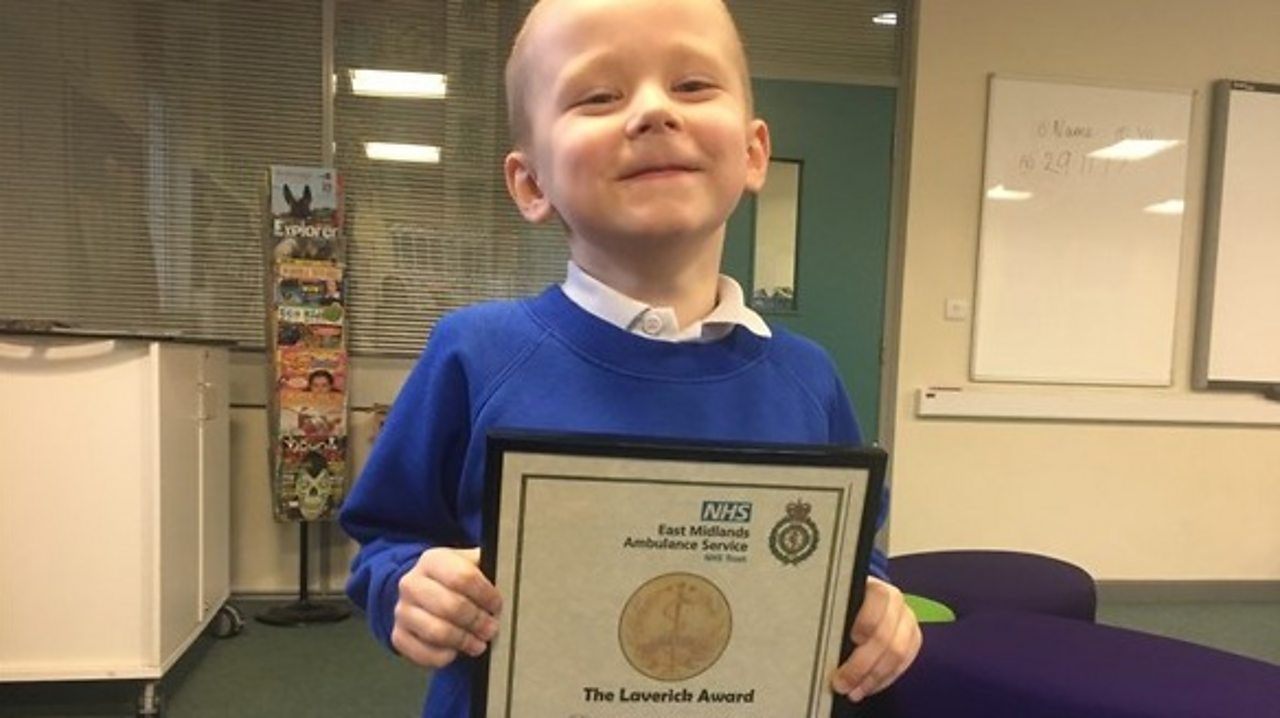 George Mart collecting his Laverick bravery ward