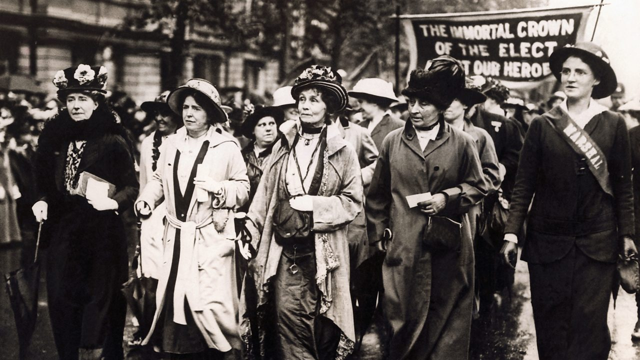 Pankhurst marching through Victoria embankment