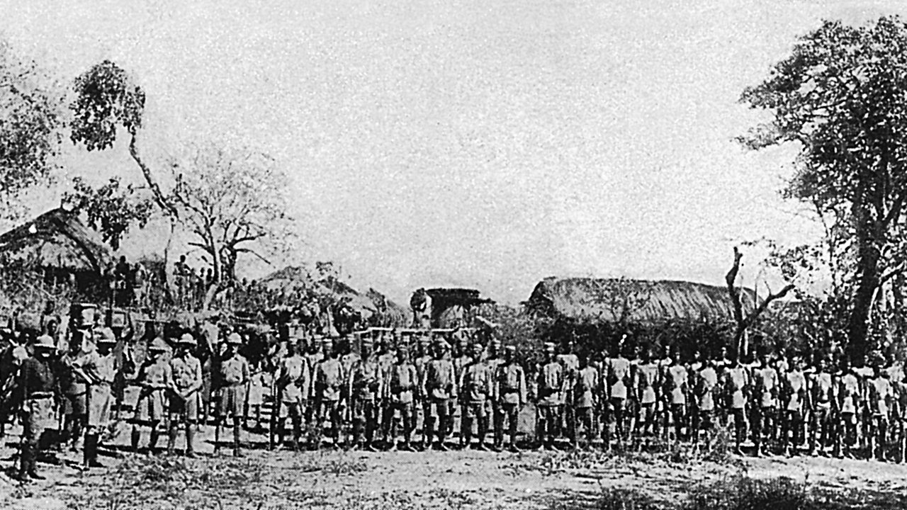British South Africa Police with escorts of native troops in Rhodesia in World War One