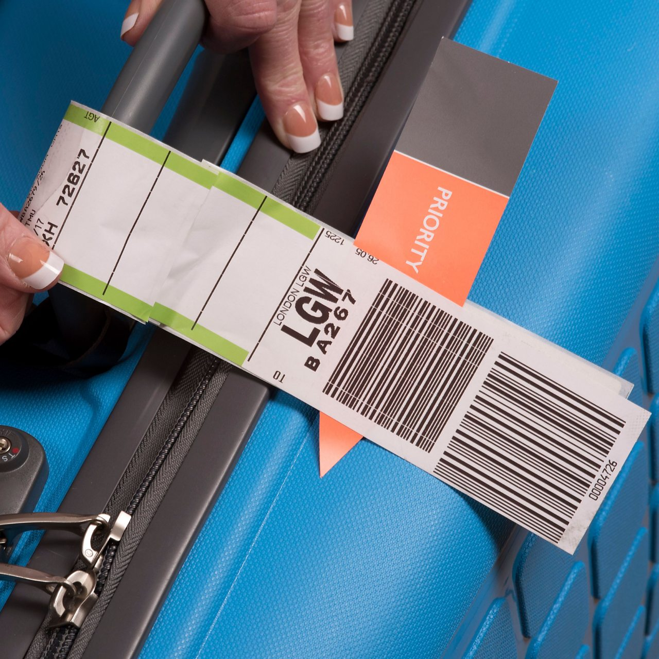 Automated baggage tag