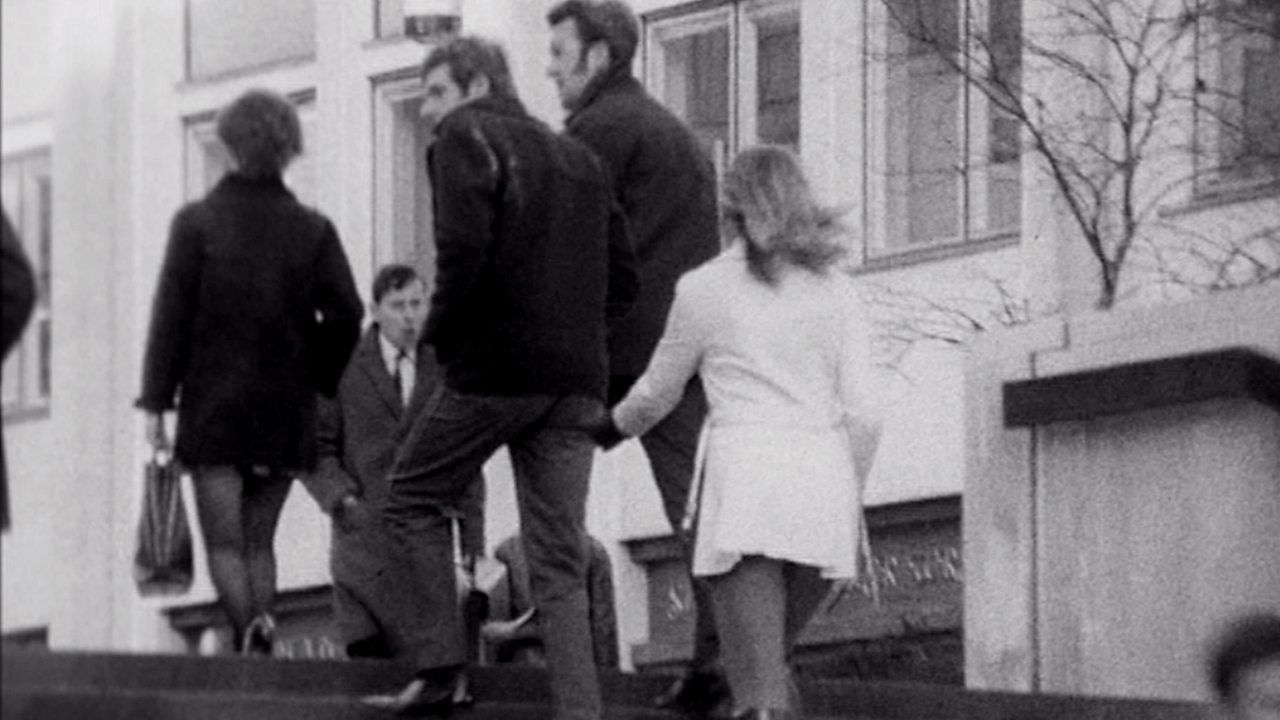 Bottom pinching experiment, 1971