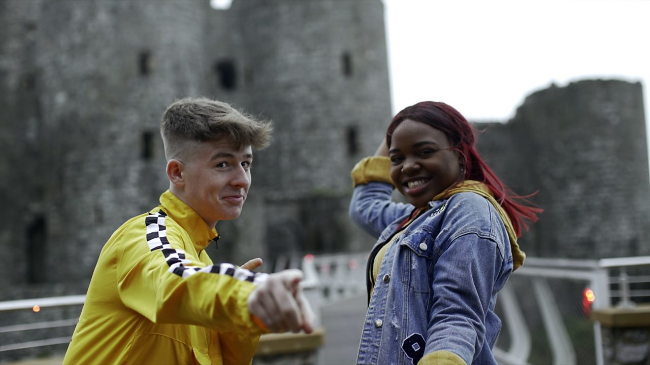 ClueTubers: Explore a castle