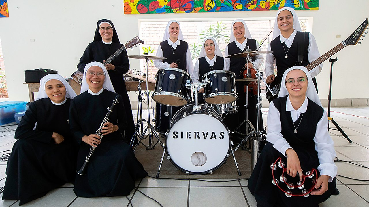 Nuns from the rock group Siervas