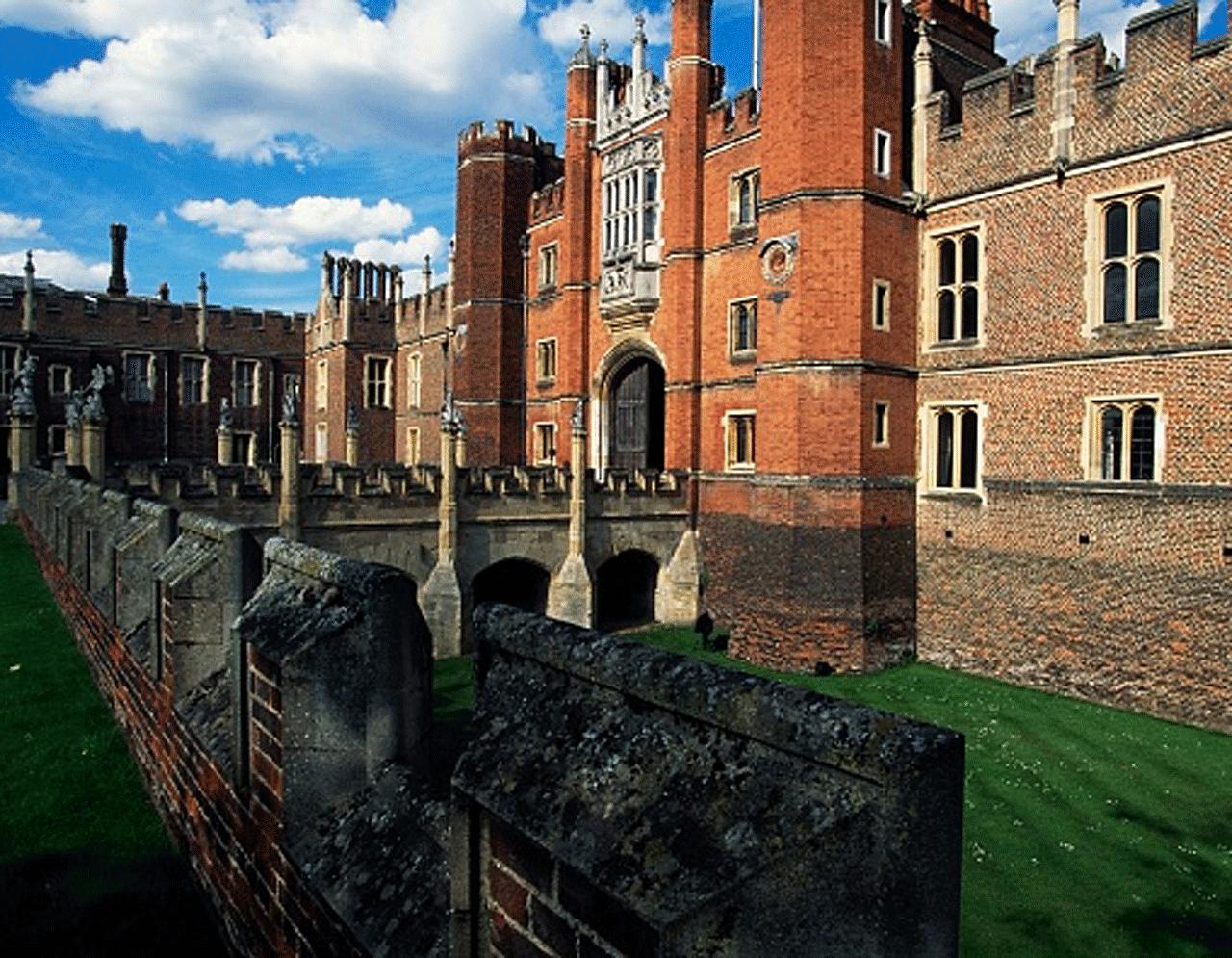 Photo of Hampton Court