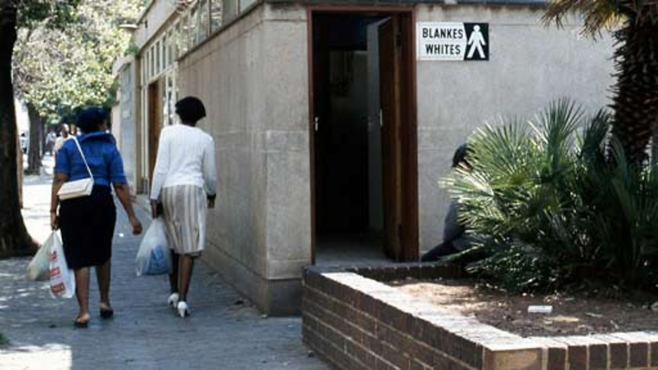 News - South African Baby: Black or White?
