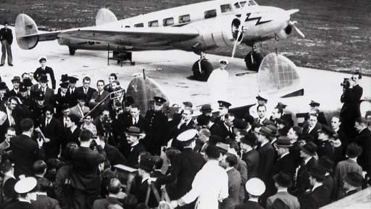 PM returns from Hitler negotiations