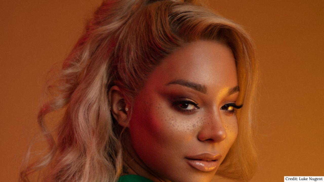 Munroe Bergdorf talks: Body confidence
