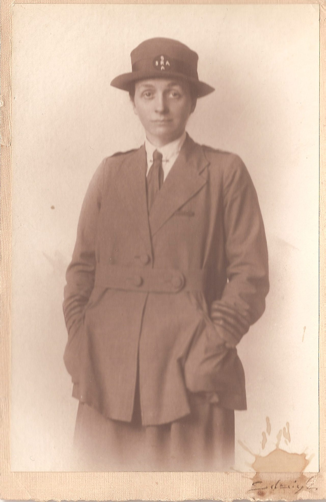 Photograph of Anne Crawford Acheson in SRA uniform