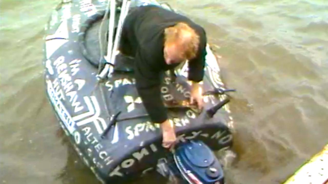 Barrel boat man world voyage, 1984