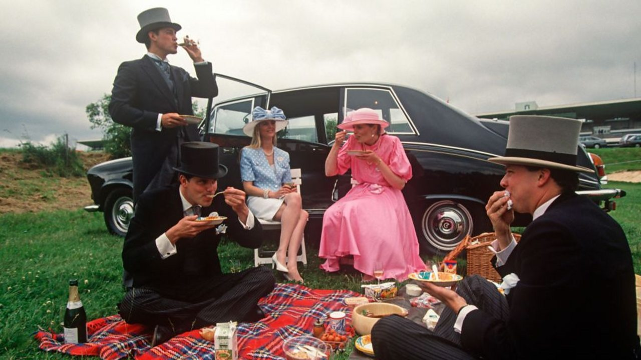 How the picnic came to British blankets