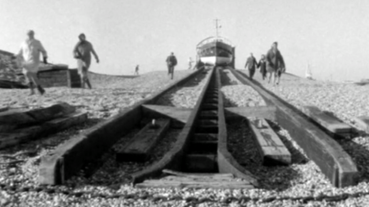 Dungeness lady lifeboat launchers, 1970