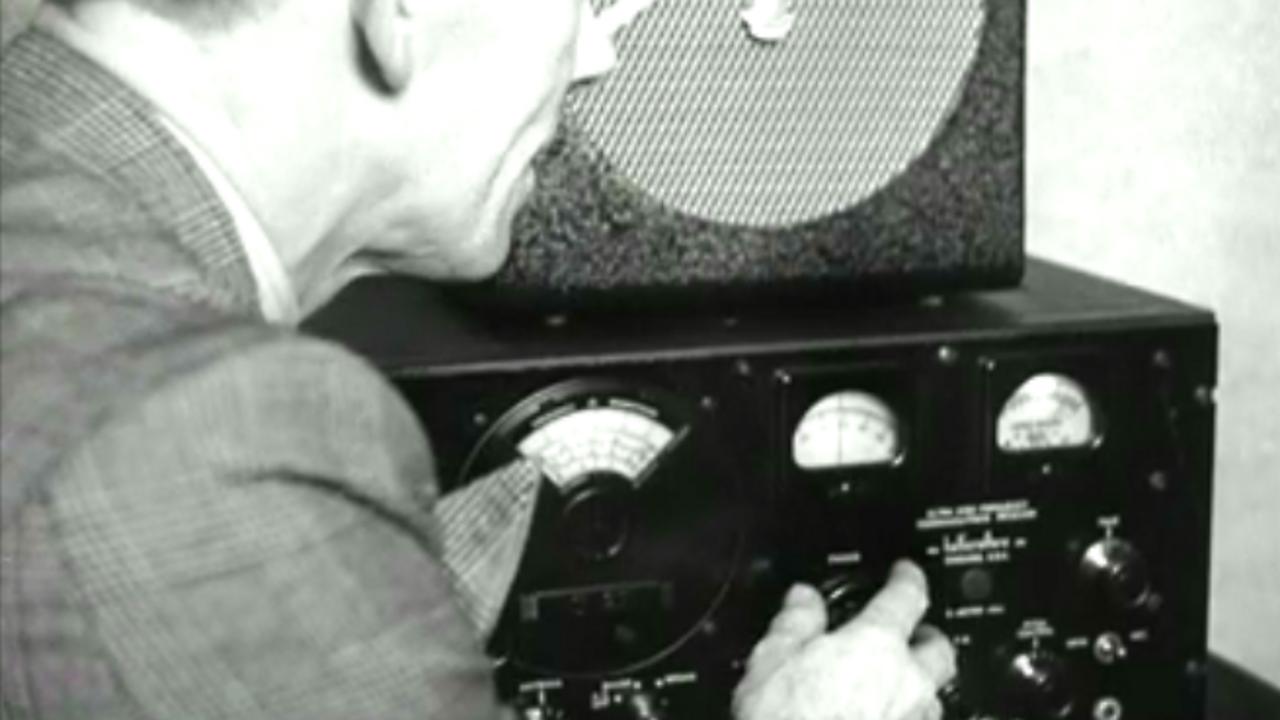 Radio link 6,000 miles apart, 1949