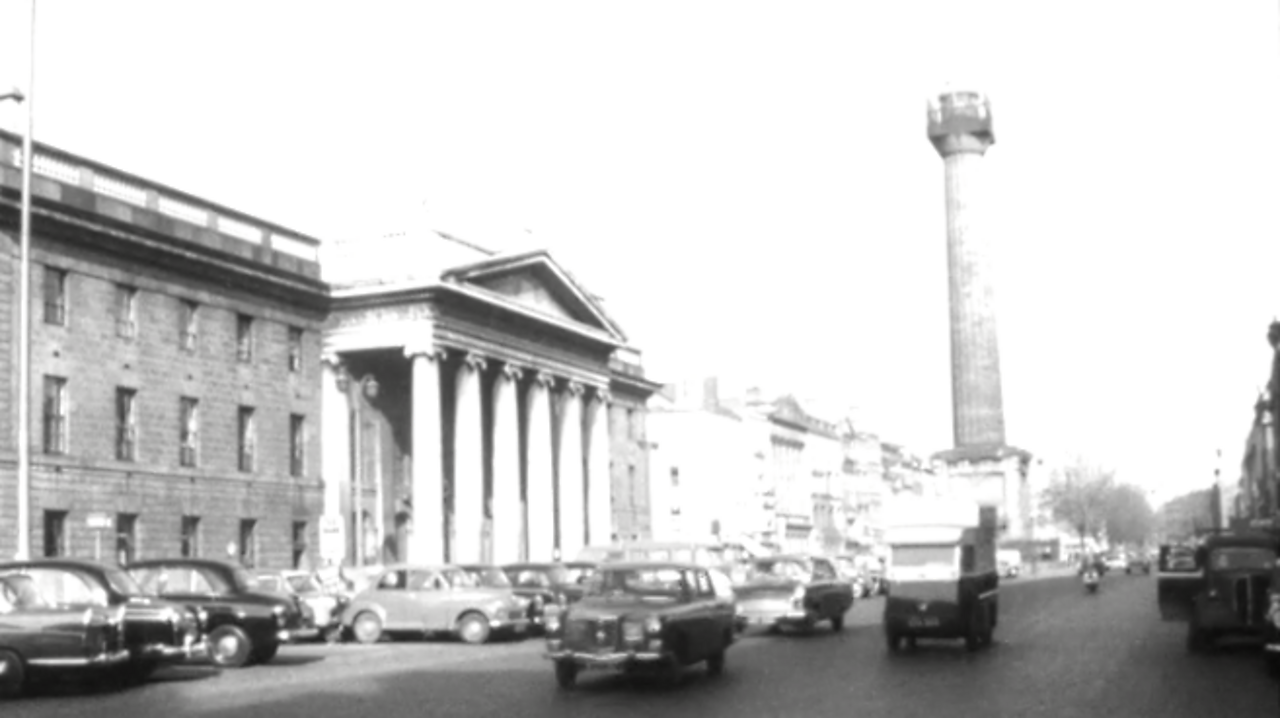 Nelson's Pillar, 1961